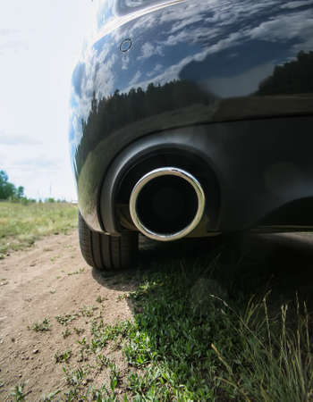 exhaust pipe and back part of new car 版權商用圖片