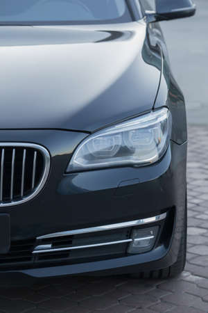 headlight of  modern prestigious car closeup 免版税图像