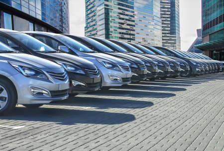 Cars For Sale Stock Lot Row. Car Dealer Inventory Standard-Bild