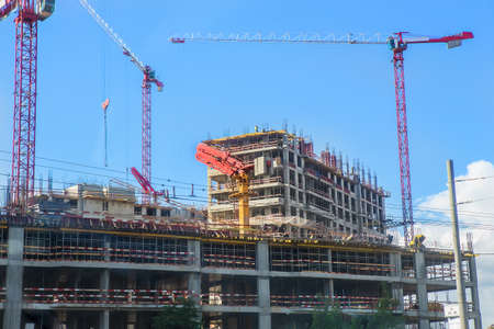 construction of new high-rise multystoried buildings