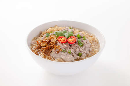 instant noodles: Instant noodles with pork in bowl isolated on white background