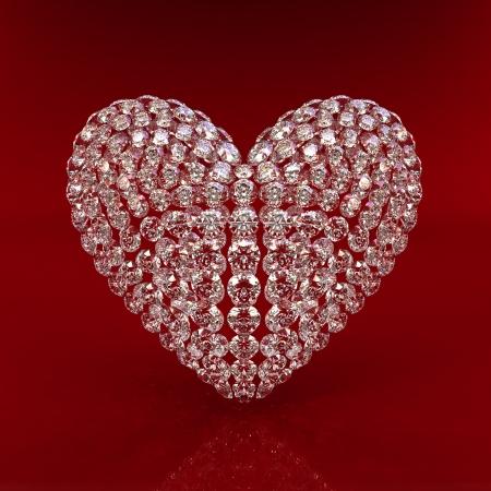 Corazón de diamante en el procesamiento de fondo rojo - 3d. Hermoso diamante espumoso en una superficie reflectante de luz. Procesamiento de 3d de alta calidad con iluminación HDRI y texturas de ray rastreado.