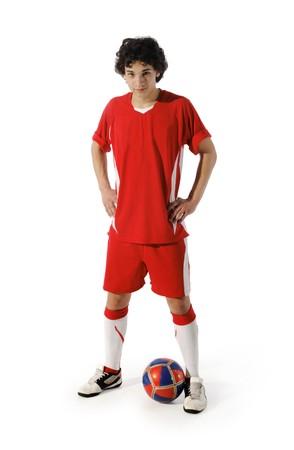 world player: Chico con bal�n de f�tbol, futbolista sobre el fondo blanco. (aislado)