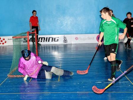 makeevka: MAKEEVKA, DONETSK REGION, UKRAINE - FEBRUARY 18: Floorball Championship of Ukraine 2011-2012. February 18, 2012 in Makeevka, Ukraine Editorial