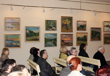 MAKEEVKA, UKRAINE - APRIL 20: Opening of the exhibition of the artist Anatoliy Dereza. April 20, 2012 in Makeevka, Ukraine