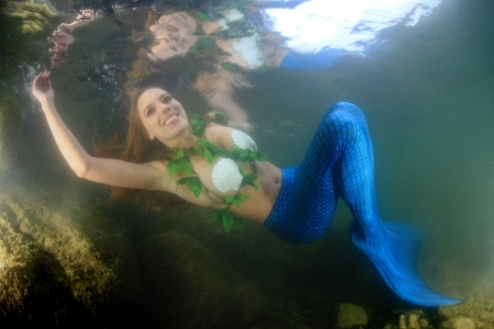 sirens: Mermaid underwater Stock Photo