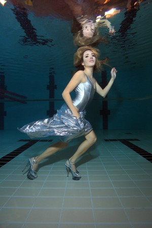 swimming shoes: Underwater model with high heels