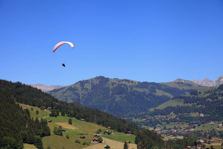 gstaad: Paragliding over the village of Gstaad