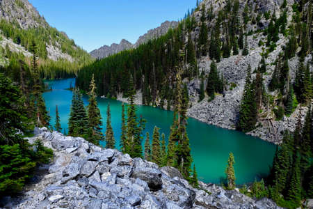 enchantment: Emerald lake. Nada lake, Enchantment lakes basin, Leavenworth, Seattle, Washington state, USA. Stock Photo
