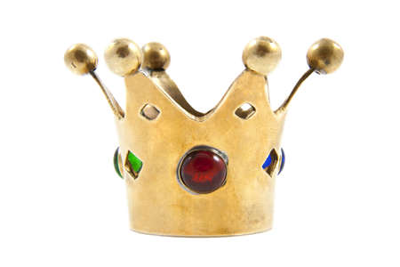 corona rey: Corona con piedras coloridas aislados sobre blanco