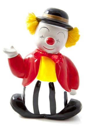 giullare: Felice clown con cappello nero isolato over white