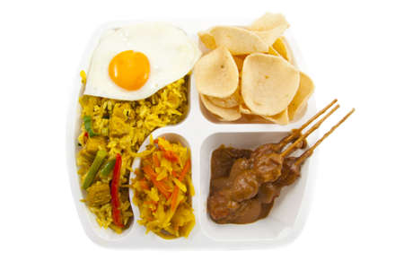 Indonesian take away meal isolated over white Stockfoto