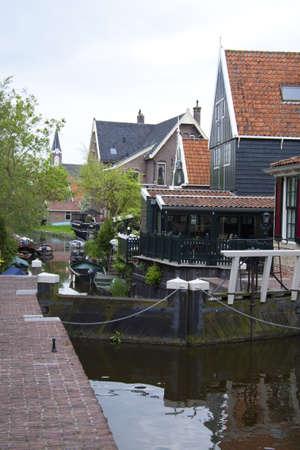 sluice: Sluice in a small dutch village called de rijp