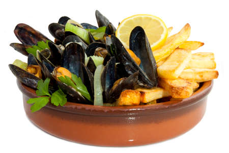 frites: Mussels with herbs and chips isolated over white
