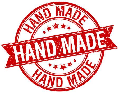 hand made: hecho a mano del grunge aislado retro rojo sello de cinta