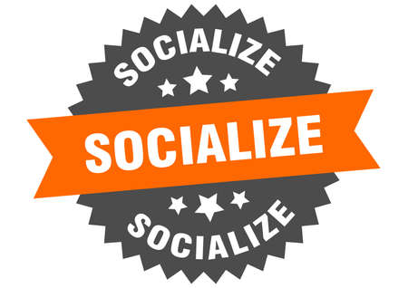socialize sign. socialize circular band label. round socialize sticker Vettoriali