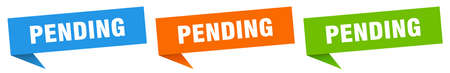 pending banner. pending speech bubble label set. pending sign Vectores