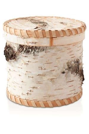 Eine schöne Box aus Birkenrinde als Birkenstamm