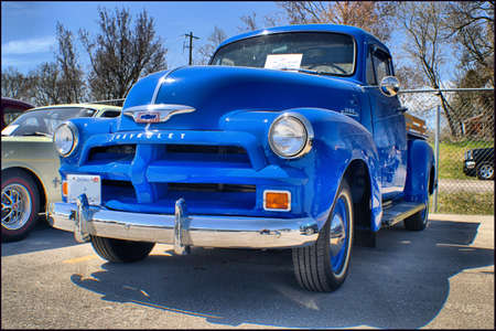 pick: 1954 Chevrolet 3100 Pick up