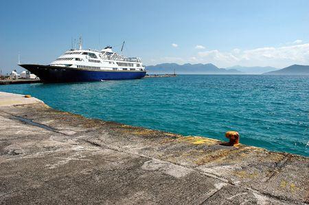moll: Small harbor at Aegina island, Greece