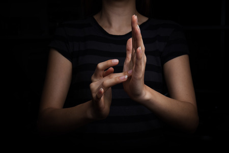 lenguaje corporal: el lenguaje de signos para los sordos a Jesús