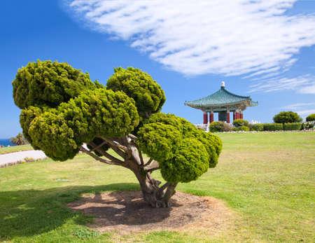 Korean Bell of Friendship pagode en park in San Pedro, Californië Stockfoto - 9807671