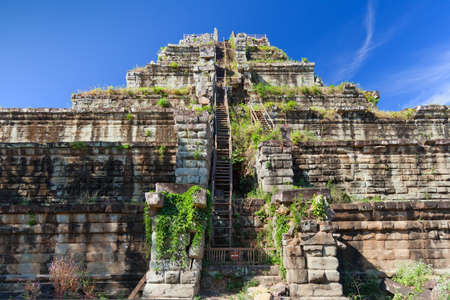 koh: Ancient khmer pyramid in Koh Ker, Cambodia with blue sky and clouds, sunny day  Stock Photo