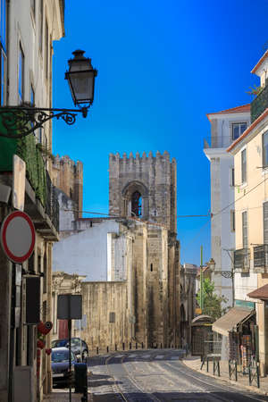 Lisbon city street with cathedral and railway, Portugal Stockfoto