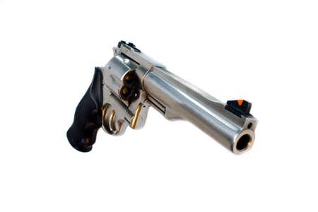 magnum: 44 magnum revolver isol� grand angle de vue