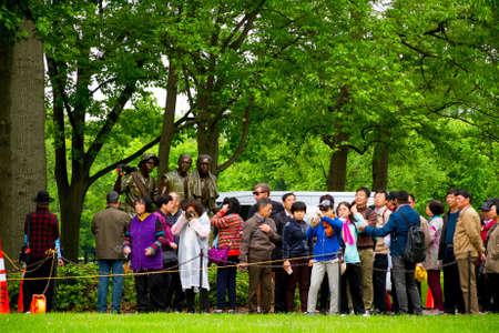 Vietnam Veterans Memorial, in Washington DC, Chinese tourists