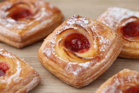 strawberry jam danish bread isolated on table 版權商用圖片