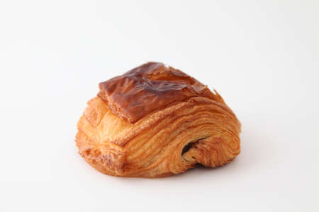 french bread pain au chocolat chocolate croissant on white background Banque d'images - 125095772