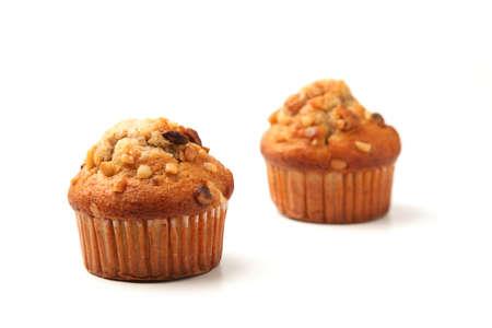 Nüsse Cupcakes Muffins auf weißem Hintergrund