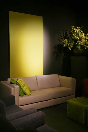 simple design idea with green elements in interior photo