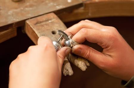artesano: lugar de trabajo para la fabricaci�n de joyas