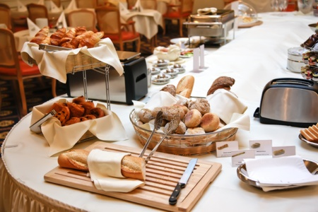 plato del buen comer: compleet servido el desayuno en el hotel