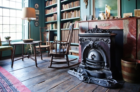 old classic house inter with fireplace Stock Photo - 11276768