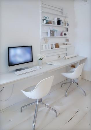 Designer-Arbeitsplatz zu Hause mit dem Computer Standard-Bild - 12849605