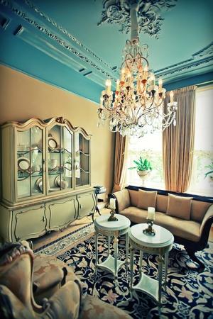 Luxus-Hotel Zimmer im klassischen Stil Standard-Bild - 12958294