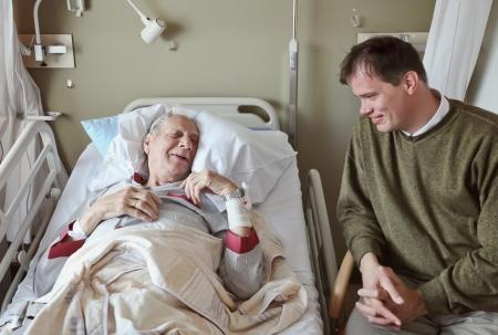 recovery bed: ospite della sala di risveglio da parte dell'ospedale