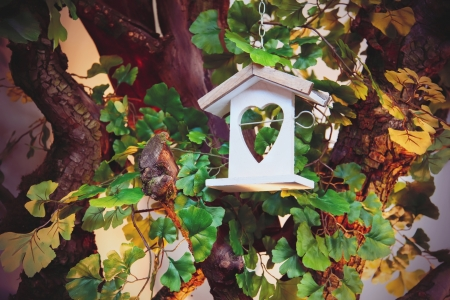 countrylife: seasonal tree decoration for birds