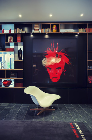 design hotel citizenm london, lobby space in design - hotel citizenm in london, may 2014 stock, Design ideen