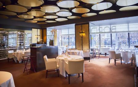 암스테르담 호텔 (르 유럽) 레스토랑 인테리어의 세부 사항