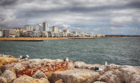 vilamoura: view of Vilamoura ocean coast from breakwater ( Algarve, Portugal) Stock Photo