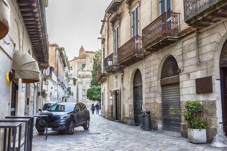 street to glise Santa Chiara de Lecce in center of Lecce, Puglia region, Italy 스톡 콘텐츠