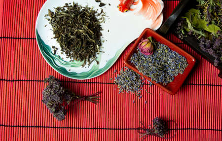 Green Chinese tea with lavender. Dried lavender flowers for tea. Tea mix. Imagens