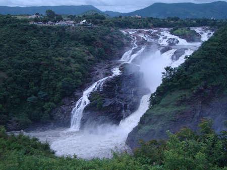 Beautiful waterfalls with greenery and scenery to enjoy holiday Stockfoto - 131598827