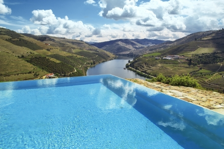 swimming pool over douro river Stock Photo - 15207812