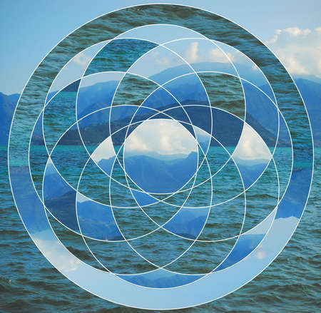 호수, 산 및 신성한 형상 기호 이미지와 추상적 인 배경을합니다. 조화, 영성, 자연의 일치. 콜라주, 모자이크입니다.