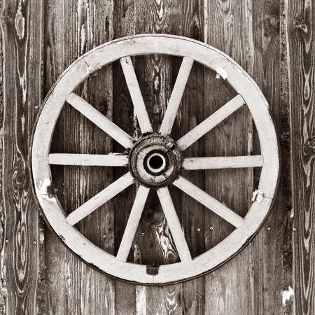 carreta madera: Carro de ruedas